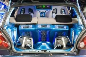 Установка аудиосистемы в автомобиль