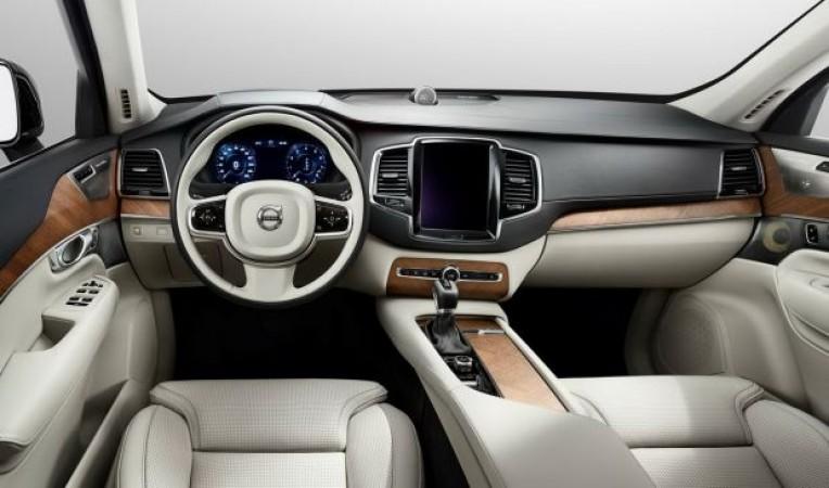 фото салона Volvo XC90 2014