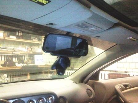 Универсальный вариант камеры заднего вида для авто