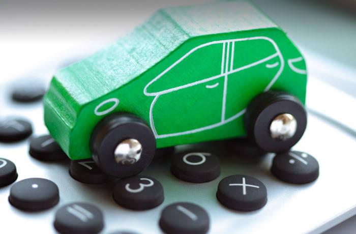 Зелёная карта на авто фото
