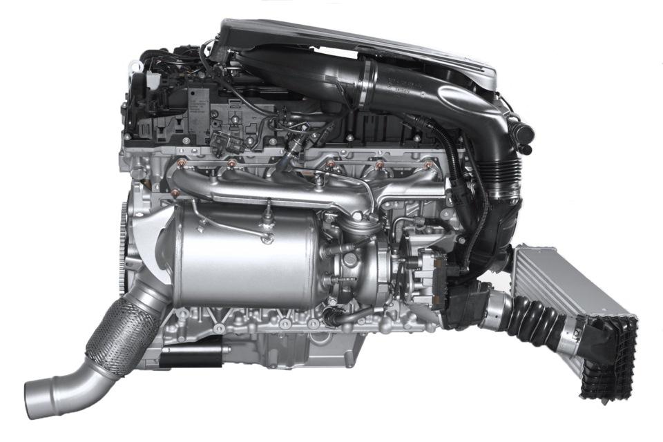 на фото дизельный двигатель BMW N57D30O1