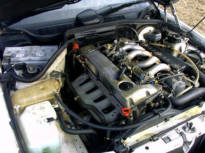 Дизельный двигатель OM602 от компании Mercedes фото