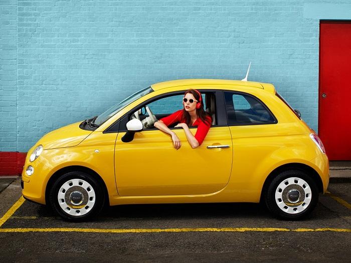 Популярные и недорогие модели машин для женщин и девушек