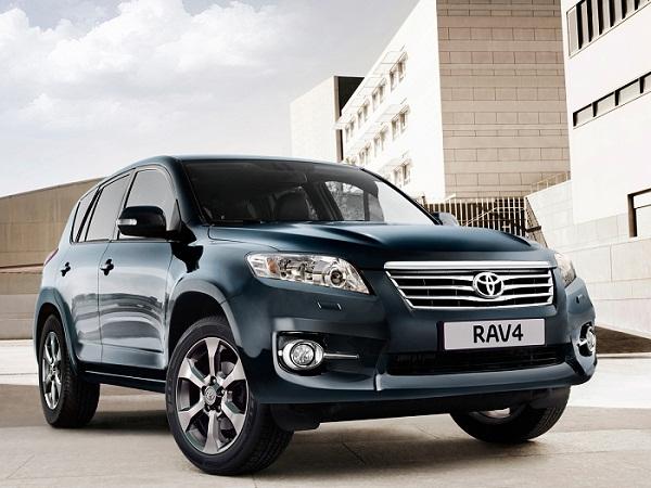 Расход топлива Тойота Рав 4 2.0, 2.4, 2.5 на 100 км по отзывам владельцев