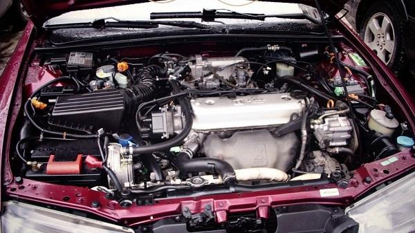 Хонда Аккорд 2.0