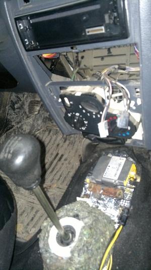Процедура замены и демонтажа моторчика печки на Рено Сандеро или Логан