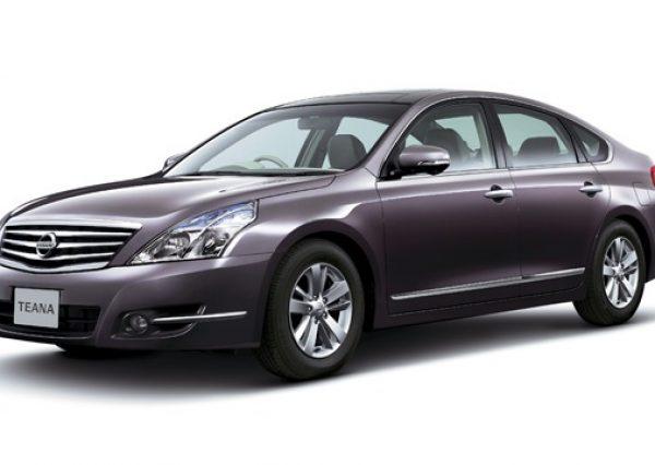 Nissan Teana 2.0