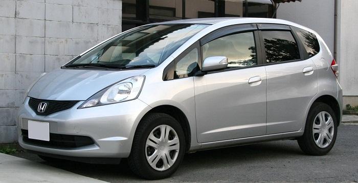 Хонда Фит (Джаз) 1.3, 1.5 расход топлива на 100 км