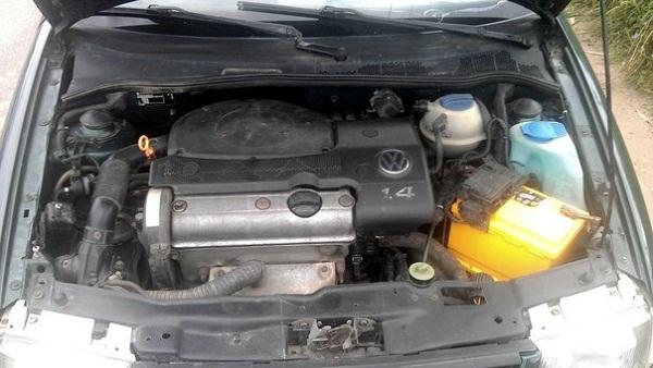 Искра есть, бензин поступает, но двигатель не заводится