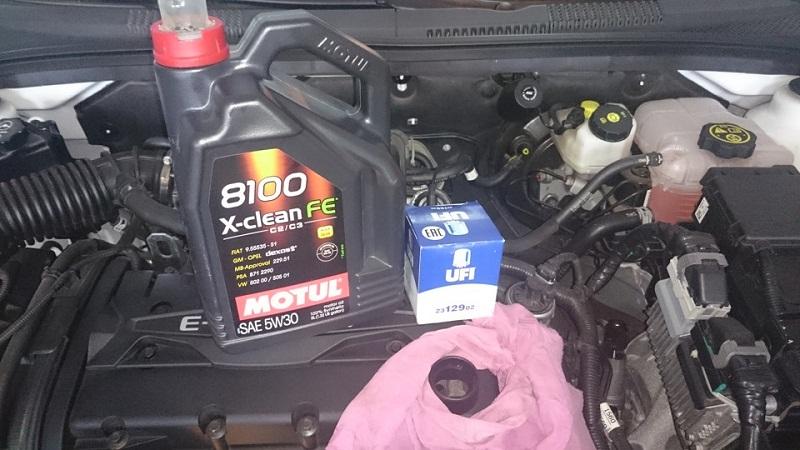 Какое масло залить в двигатель Шевроле Круз 1.6, 1.9
