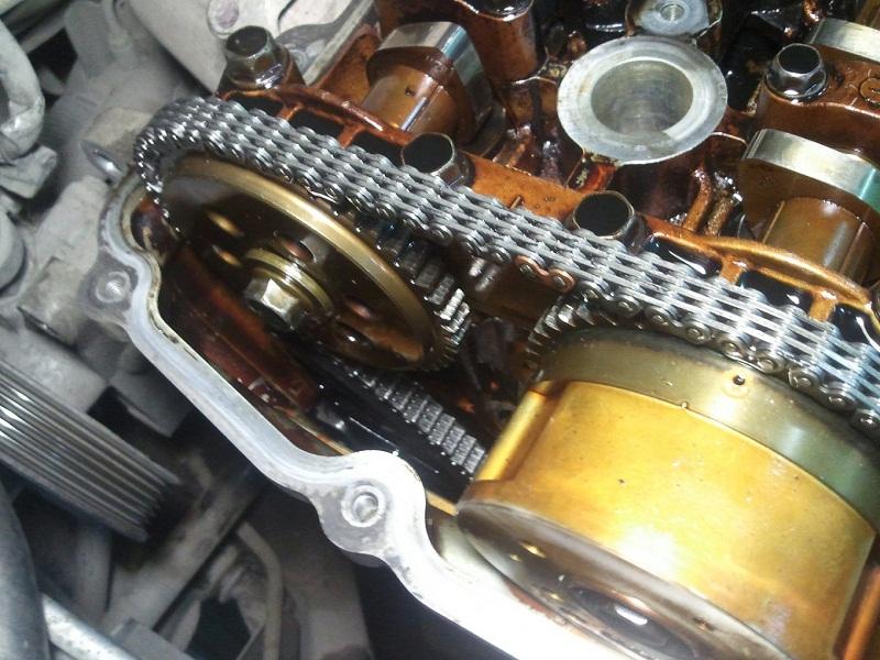Hyundai Elantra 2.0 двигатель
