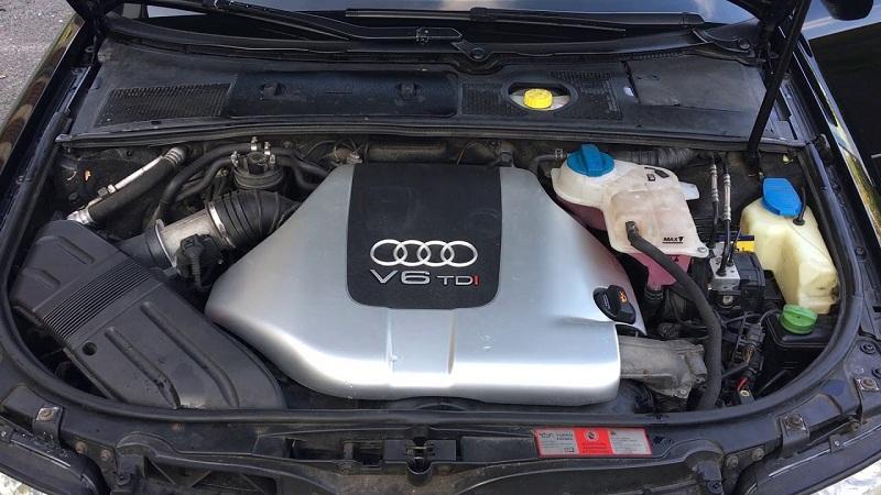 Ауди А4 2.5 V6
