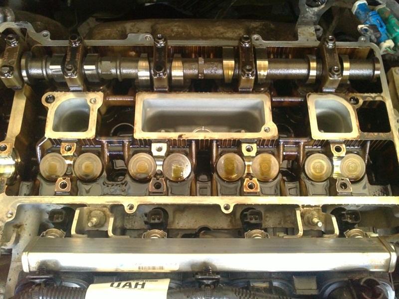 Форд Фокус 2 1.8 расход масла